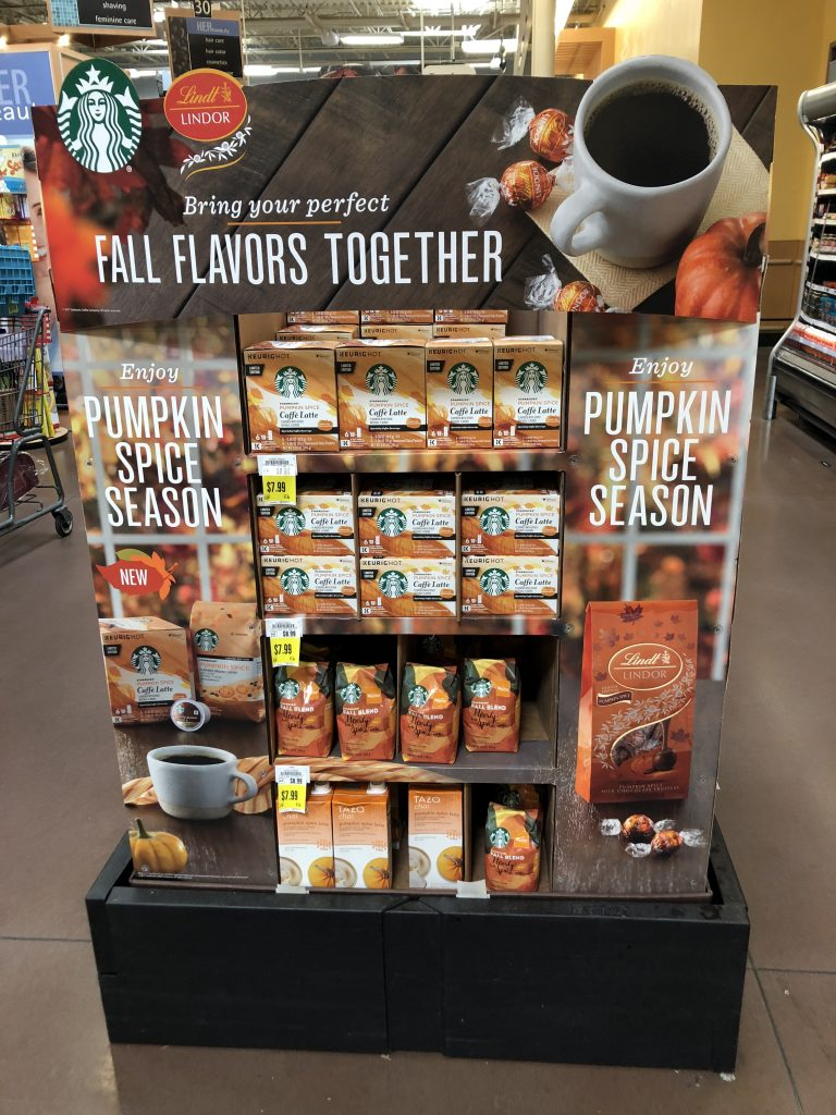 starbucks-pumpkin-spice-display